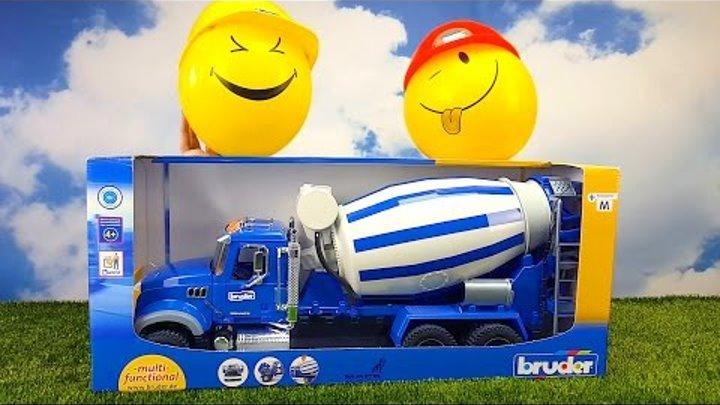Bruder. Бетономешалка MACK. Большая игрушечная машинка. Видео для детей (02 814). Toy Concrete mixer
