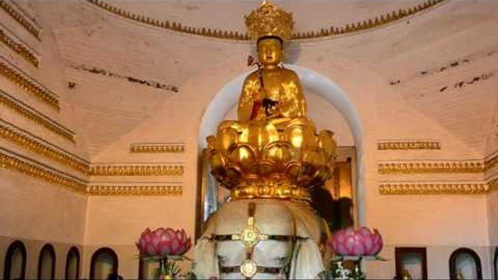 Гора Эмей - Буддисткие монастыри