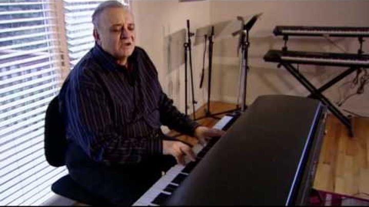 "Angelo Badalamenti explains how he wrote ""Laura Palmer's Theme"""
