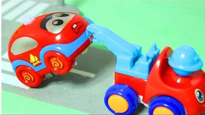 Машинки мультфильм Автозаправочная станция Эвакуатор и пожарная машинка Мультики видео для детей