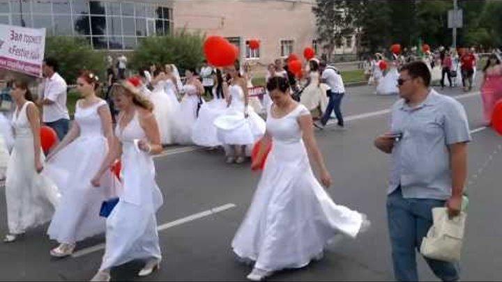 Омск, Рекорд Гиннеса, Самая длинная фата невесты 5