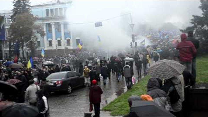 Марш УПА Киев 14.10.2012 ВО Свобода. Олег Тягнибок - 3