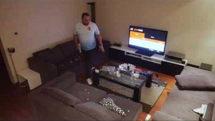 Жена жестко разыграла мужа, который захотел досмотреть матч один Турция Хорватия 360