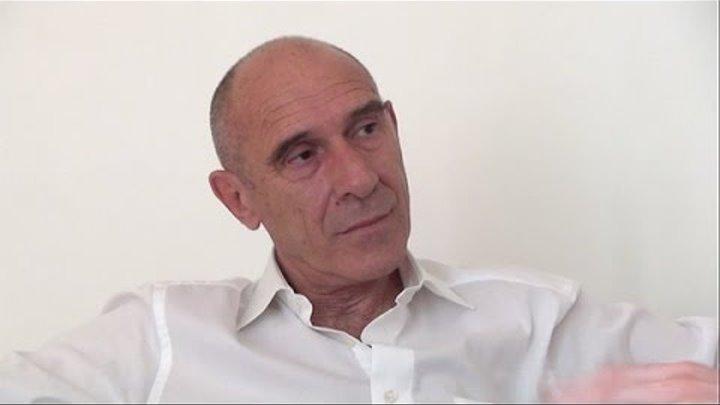 Qui est Eric Fiorile, cet homme qui souhaite réaliser un coup d'état citoyen le 14 juillet 2015 ?