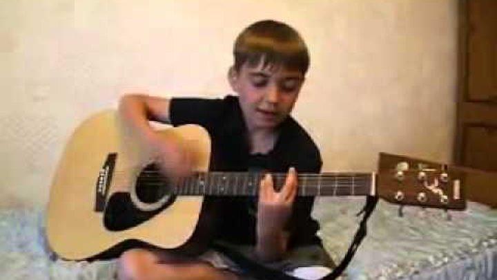 видео трахает и играет на гитаре
