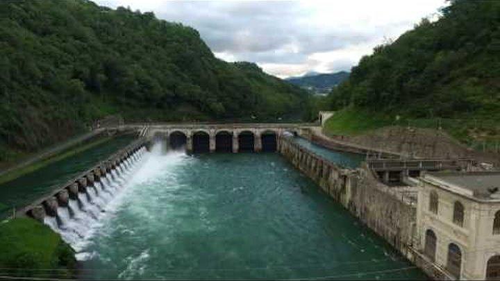 Fiume Adda- volo su centrale idroelettrica e ponte di Paderno