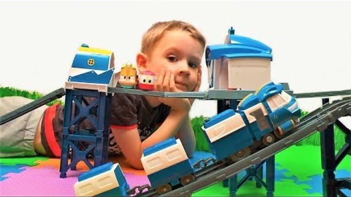 Роботы поезда - Железная дорога и станция Кея - Видео про поезда для детей