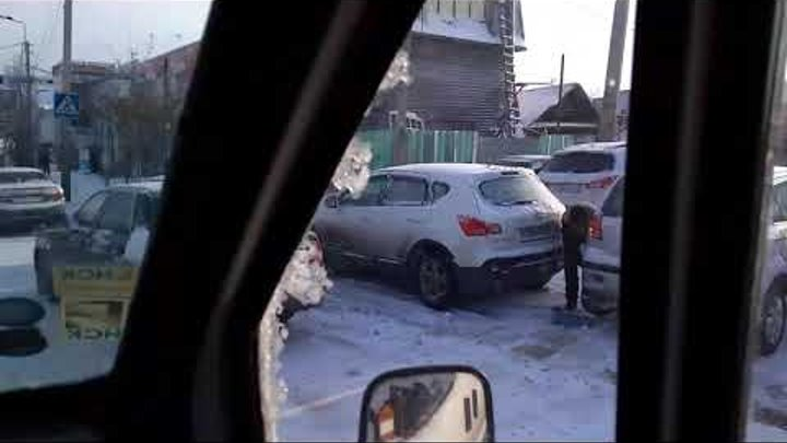 Очередь на шинку)))) тормоза для трусов)))