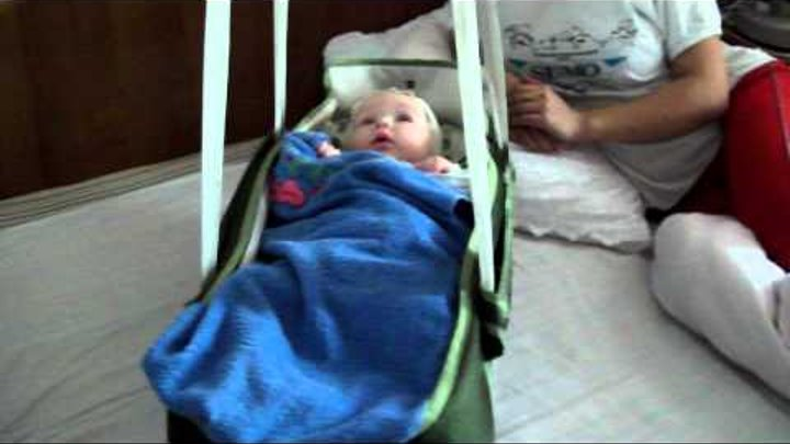 Кроватка-качалка для ребенка 2.avi