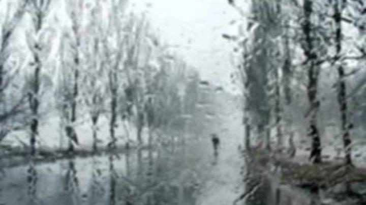 Готическая увертюра... дождь... красиво