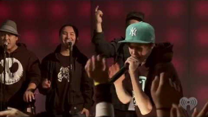 """Justin Bieber """"Eenie Meenie"""" feat. Sean Kingston (iHeartRadio Live Series)"""