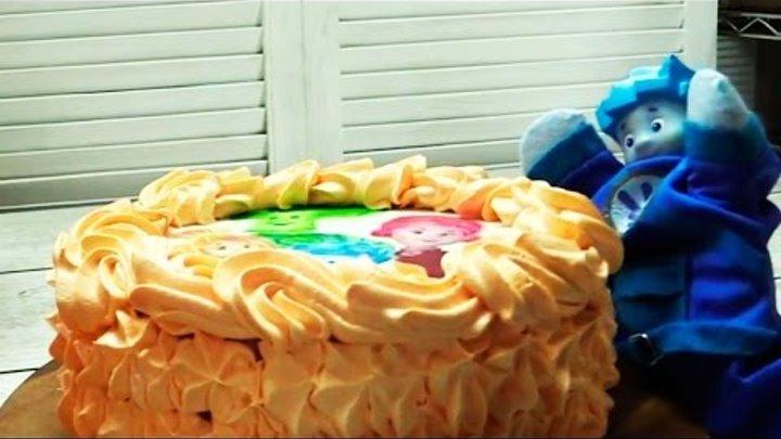 Фиксики Play • Мультик ФИКСИКИ: На фабрике тортов: Готовим Фикси торт с Симкой и Ноликом: Развивающее видео