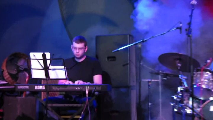 Polina Sedova - Up in Beachwood (by Frank Gambale) Guitar Player Party 2014_HD