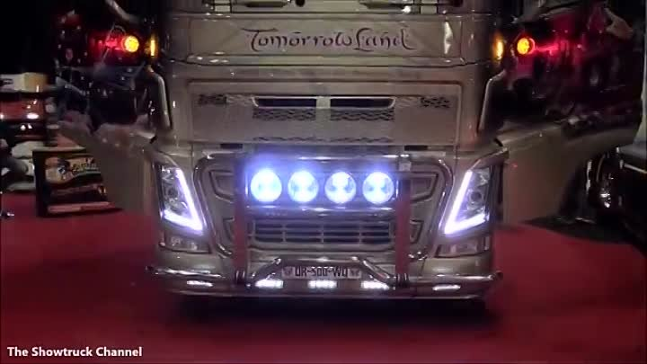 VOLVO FH4 TOMORROWLAND