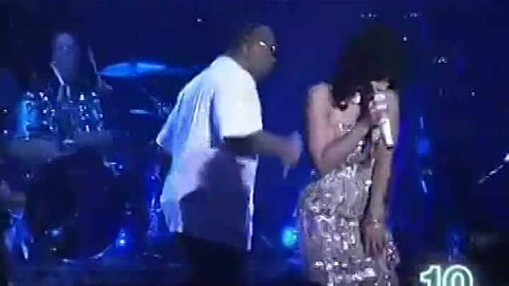 Timbaland feat Nelly Furtado & Justin Timberlake-Give it to me vostFR