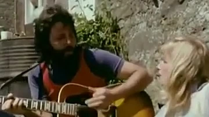 Paul McCartney and Linda McCartney & Wings - Monkberry Moon Delight (Music Video 1971)