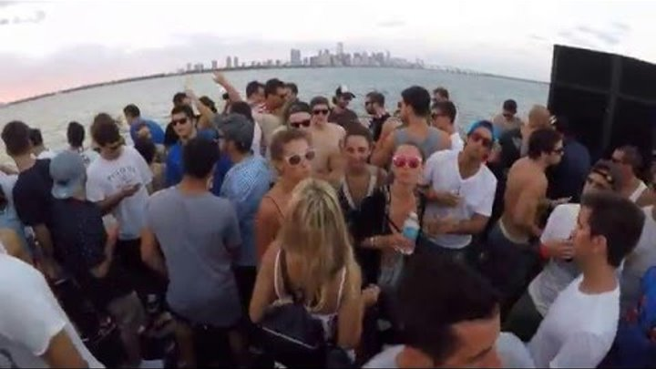 Hernan Cattaneo B2B Nick Warren @ Never get out of the boat, Biscayne Lady - Miami. 15 March '16