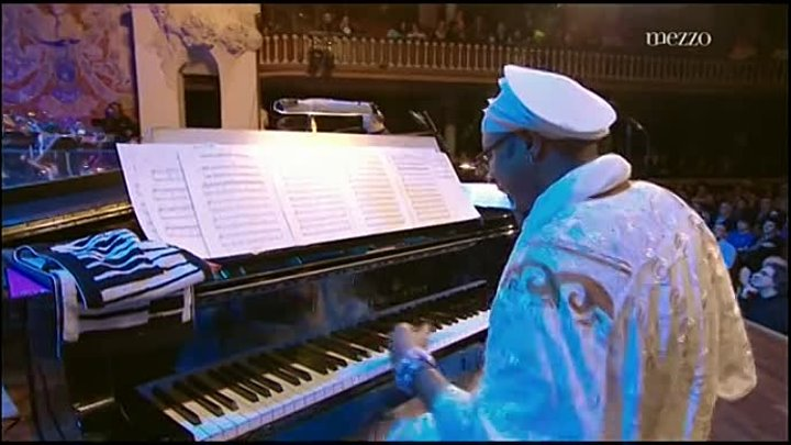 Omar Sosa & Jaques Morelenbaum & NDR Big Band ''Ceremony'' (Live at Voll - Damm 42' Festival International de Barcelona) (реж.Eric Michaud)(2011) Mezzo