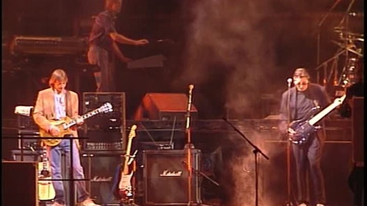 Pink Floyd - The Wall - Live in Berlin 1990