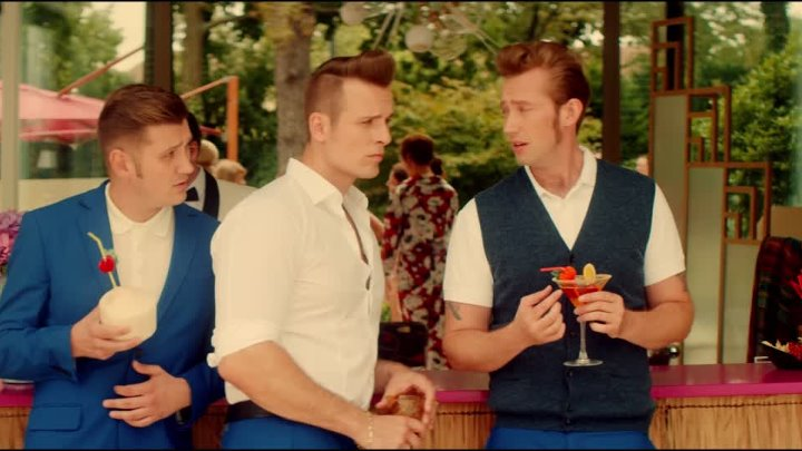 The Baseballs - Baby One More Time (official video 4K)