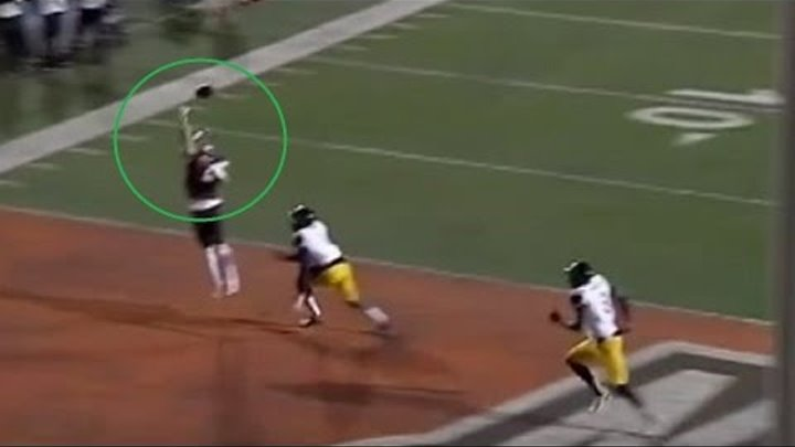 Bowling Green WR Makes a Pair of Spectacular 1-Handed TD Catches vs. Toledo