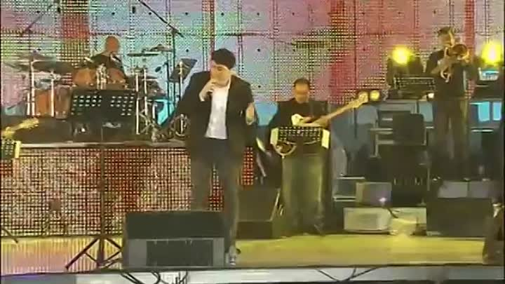 Arman Hovhannisyan live in Concert at Republic Square in EVN (Full Version)