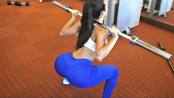 Beautiful Ladies In Gym - AWESOME GIRLS TRAINING ( TOP Woman Workout ) Female Fitness Motivation HD