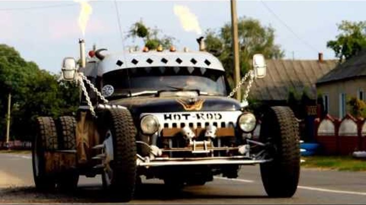 Fire show on the HOT-ROD GAZ-53