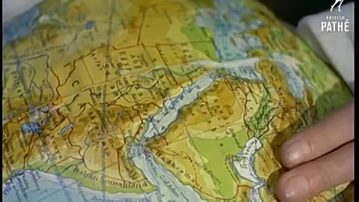 Globe Making_ How the World is Made (1955) _ British Pathé(1)