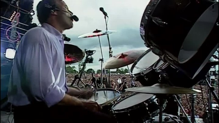 Phil Collins & The Serious Band - In the Air Tonight (Live at Knebworth, UK '1990)
