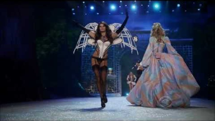 Супер клип: Rihanna - Diamonds (live on Victoria's Secret Fashion Show 2012)