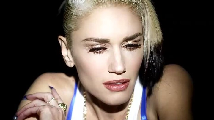 Gwen Stefani «Used To Love You» (2015)
