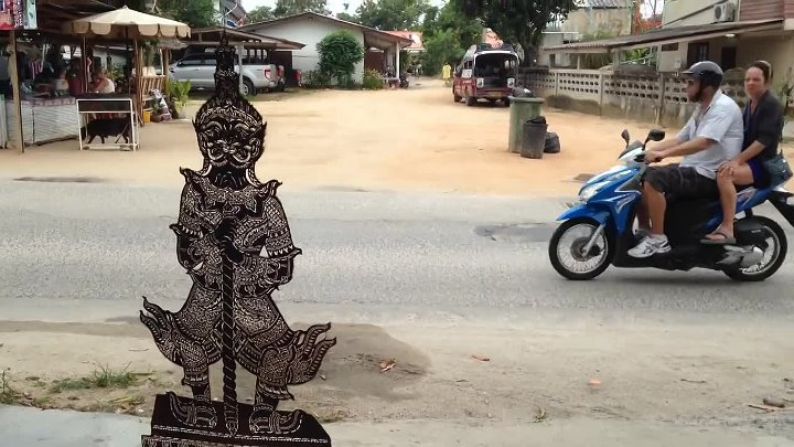 Mystical carving gallery on the island Samui in Thailand