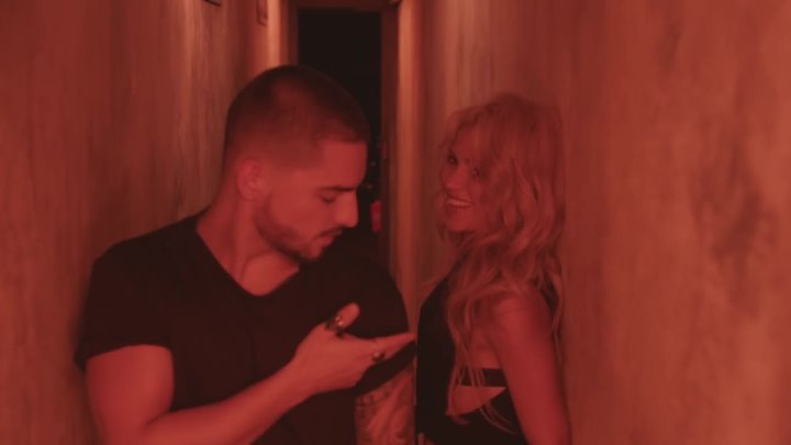 Shakira - Chantaje (Official video) ft. Maluma.converting