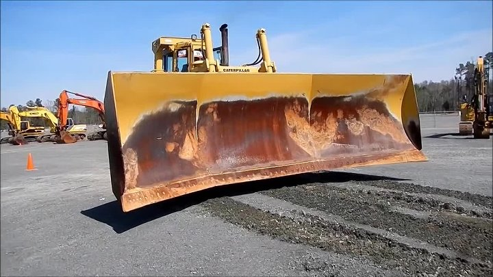 Cat D9L Dozer With Chip Blade