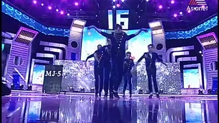 MJ5 Special Performance for Shahrukh Khan at Asianet Film Awards 2014