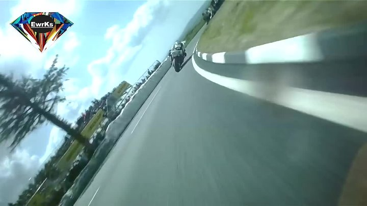 Guy Martin BATTLES Michael Dunlop! Isle of man TT races _ CRAZY ROAD RACING _ POV ONBOARD