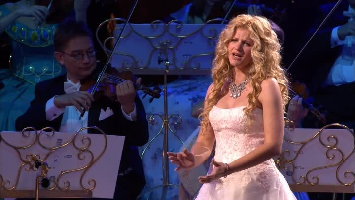 André Rieu & Mirusia - Ave Maria (New High Quality Video)