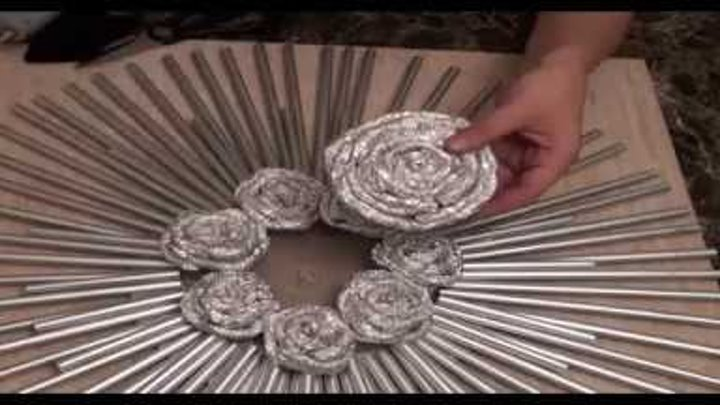 Drinking Straw and Foil Decorative Wall Art - DIY Crafts