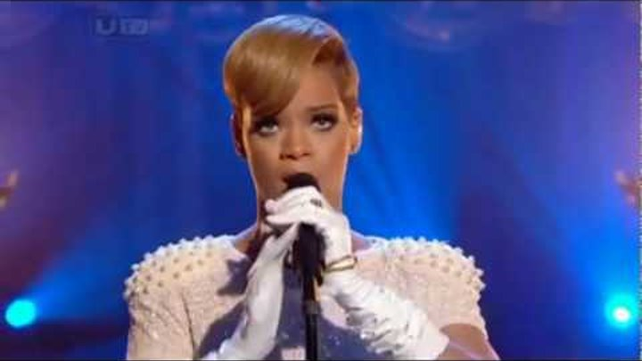 Rihanna - Russian Roulette (LIVE ON ITV's CHERYL COLE's NIGHT IN) 2009 HQ/HD