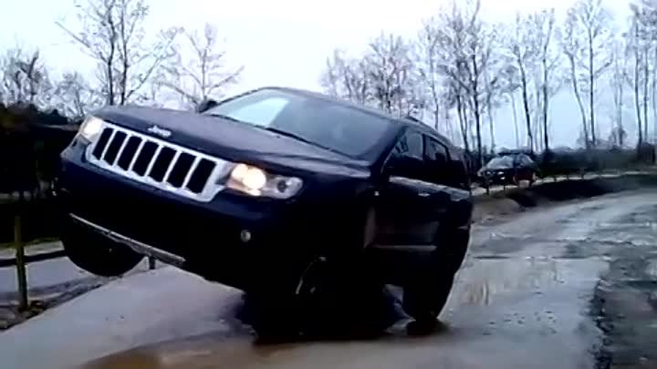 Jeep Grand Cherokee - Quadra Trac II / Quadra Lift test