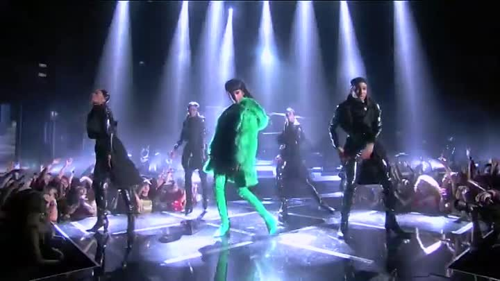 Rihanna - Bitch Better Have My Money - Live at the iHeartRadio Music Awards 2015