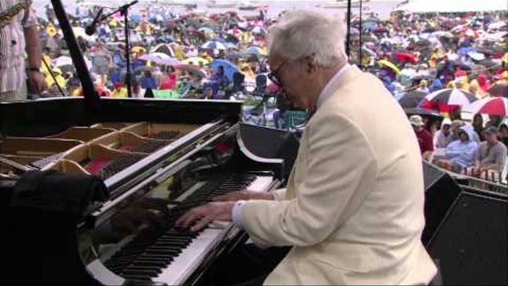 Dave Brubeck - Yesterdays - 8/10/2004 - Newport Jazz Festival (Official)