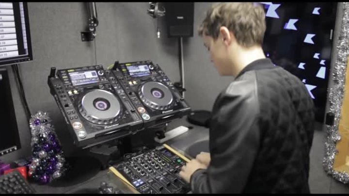 Martin Garrix at Kiss FM (UK) for the #MondayMixtape