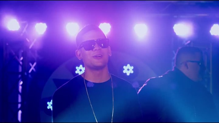 Falsetto & Sammy - Un Beso 【Music Video New 2015】 © BLACK ♫ MUSIC