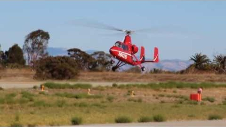 Gyroplane / gyrocopter / autogyro taking off at Palo Alto airport