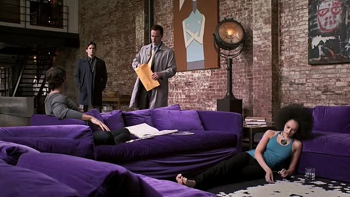 Белый воротничок White.Collar.1x07.WEB-DLRip.Rus.[www.Riper.AM]