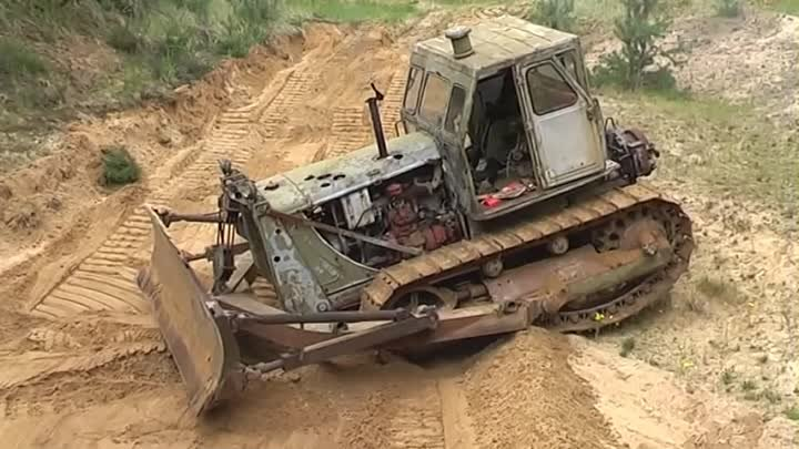 T-100 Russian Bulldozer