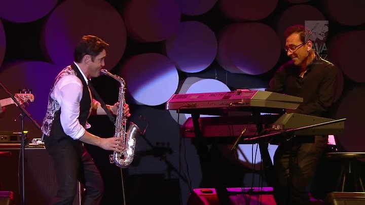 DAVE KOZ & BRIAN SIMPSON` Band at the Java Jazz Festival (Live Show_HQ_HD)