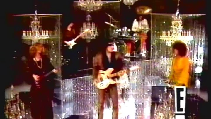 Steppenwolf - Rock me • ( Original Footage Smothers Brother Comedy Hour 1969 )